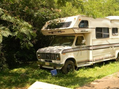 1988 Holidaire CAMPER