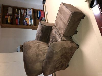 Toddler chair and Ottoman