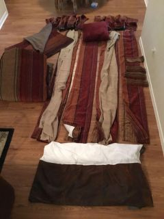 Ret. $1,050.00 Croscill Plateau Bedding and Window Treatment Set ONLY USED 6 MONTHS BED BATH BEYOND