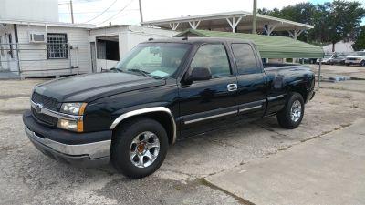 2003 Chevrolet Silverado 1500 Base (Black)