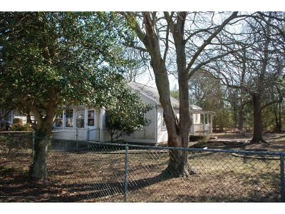 2 Bed 2 Bath Foreclosure Property in Toms River, NJ 08753 - 4th Ave