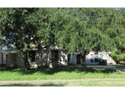 4 Bed 2.5 Bath Foreclosure Property in Corpus Christi, TX 78413 - Silver Hollow Dr