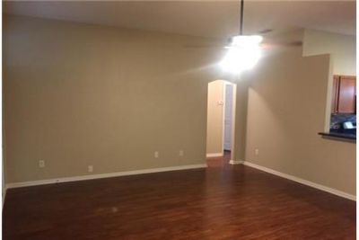 Great home, great neighborhood. Washer/Dryer Hookups!
