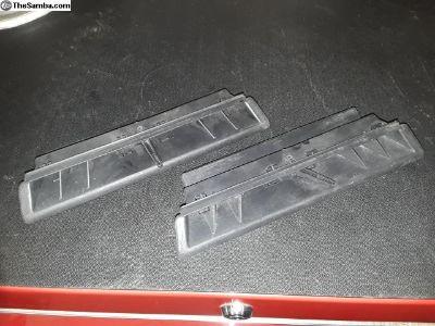 Dash vents