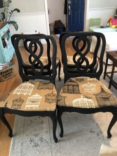 4 Cute dining chairs