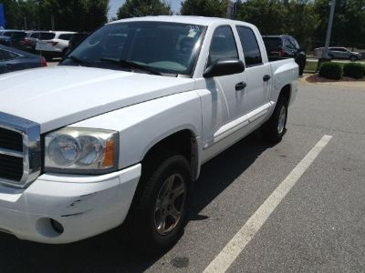 2005 Dodge Dakota SLT (Bright White)