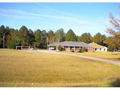 3 Bed 2 Bath Foreclosure Property in Bay Minette, AL 36507 - Tolbert Rd