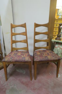 SALE!Vintage MCM pair of Walnut ladder back chairs