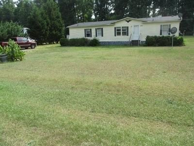 4 Bed 2 Bath Foreclosure Property in Whitakers, NC 27891 - Ward Rd