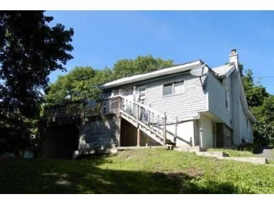 3 Bed 1 Bath Foreclosure Property in Troy, NY 12182 - Hudson Ave