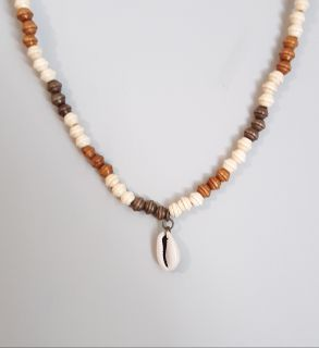 Unisex Summer Surfer Necklace With Cowrie Shell