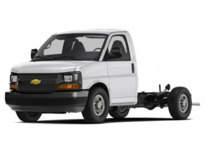 2019 Chevrolet Express Commercial Cutaway Work Van (Summit White)