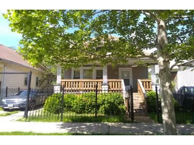 6 Bed 1 Bath Foreclosure Property in Chicago, IL 60628 - S La Salle St