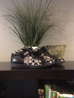 Coach Zany High top Sneakers Size 7 1/2 M