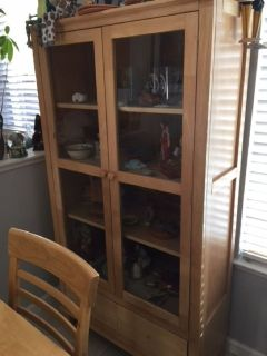 table and matching hutch