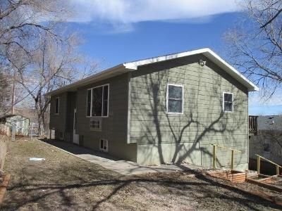 2 Bed 1 Bath Foreclosure Property in Hot Springs, SD 57747 - Lincoln Ave