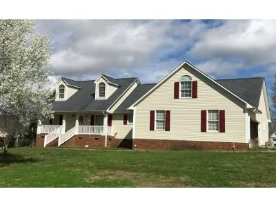3 Bed 2 Bath Preforeclosure Property in Boiling Springs, SC 29316 - Shallowford Dr