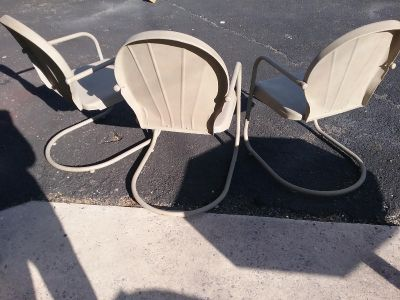 3 Metal lawn chairs