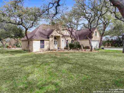 15215 Flying Circle Helotes Three BR, Welcome to this stunning