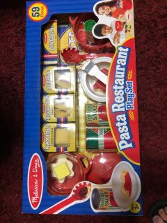 New in Package Melissa and Doug Pasta set