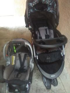 Babytrend carseat and stroller