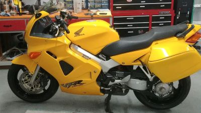 2000 Honda INTERCEPTOR VFR800F