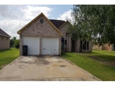 3 Bed 2 Bath Preforeclosure Property in Mission, TX 78573 - Tiffany St