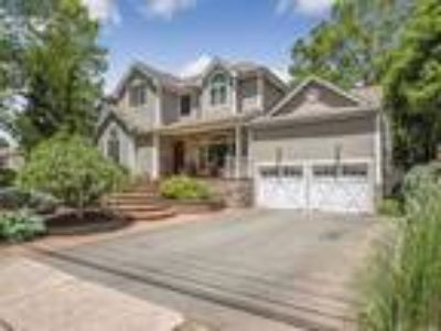 Dix Hills Real Estate For Sale - Four BR, 3 1/Two BA Colonial
