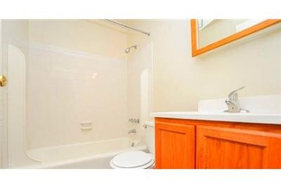 Pet Friendly 1+1 Apartment in Reisterstown