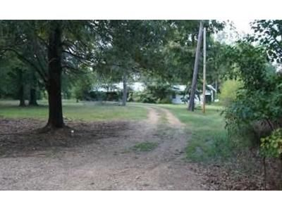 3 Bed 2 Bath Foreclosure Property in Foreman, AR 71836 - E 3rd Ave