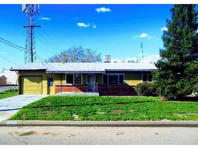 3 Bed 2 Bath Foreclosure Property in Tulare, CA 93274 - E Sierra Ave