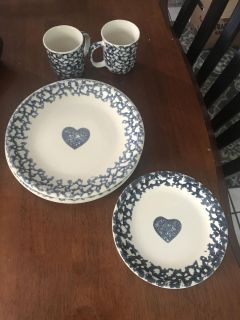 Hearts by Tienshan Dishes