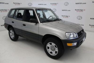 1999 Toyota RAV4 L Special Edition (gray)