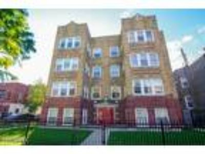 Two BR One BA In Chicago IL 60625
