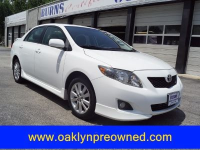 2010 Toyota Corolla Base (Super White)