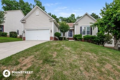 $1795 3 apartment in Mecklenburg County