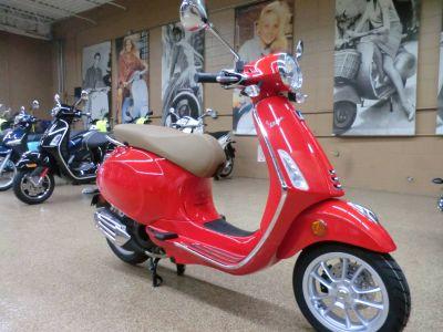 2019 Vespa Primavera 150 250 - 500cc Scooters Downers Grove, IL