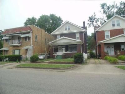 3 Bed 1.5 Bath Foreclosure Property in Huntington, WV 25701 - 9th Ave W