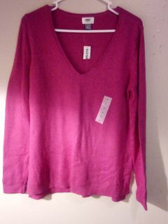 NWT. Old Navy Sweater.