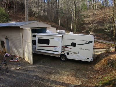 2003 Coachmen Leprechaun 279ds