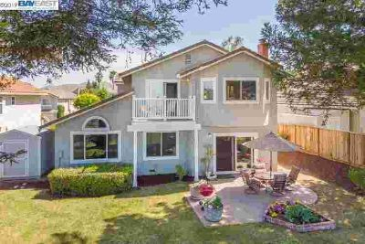 43613 Southerland Way FREMONT Three BR, View, view, view!