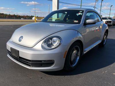 2012 Volkswagen Beetle 2.5 PZEV (Reflex Silver Metallic)