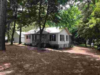 8068 County Road 4827 Athens Three BR, Delightful Cottage on lake