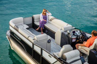 2018 Crest CARIBBEAN 250 SLS TRI-TOON Pontoons Boats Kaukauna, WI