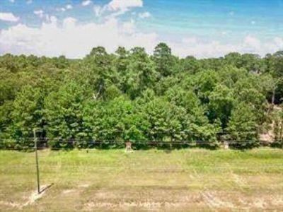 00 Fm 2100 Huffman, Great vacant lot situated with frontage