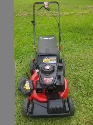 "Troy-bilt 21"" self propelled lawn mower"