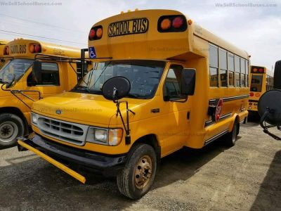 2002 Ford School BUS #2228 E450 (Yellow)
