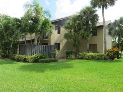 3 Bed 2 Bath Foreclosure Property in Lake Worth, FL 33467 - Fountains Dr S # 120