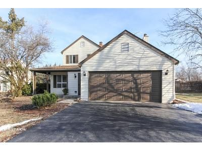3 Bed 2.5 Bath Foreclosure Property in Lake Zurich, IL 60047 - Peachtree Ln