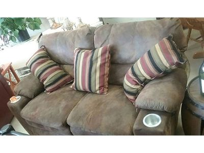 RECLINING LOVESEAT BROWN MICRO FIBER, CUP HOLDERS, ...